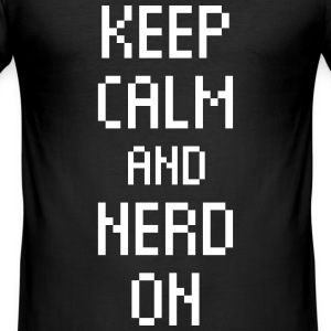 keep calm nerd on Computer Geek Internet Statement T-Shirts - Männer Slim Fit T-Shirt