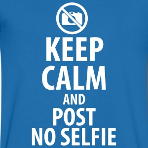 Keep calm and post no Selfie T-shirts - T-shirt med v-ringning herr