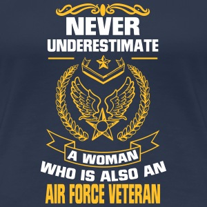 NEVER UNDERESTIMATE A WOMAN THAT CAN FLY! T-Shirts - Women's Premium T-Shirt