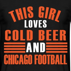 girl cold beer chicago T-Shirts - Men's T-Shirt