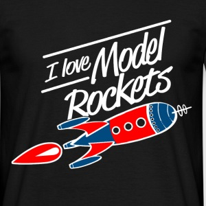 model rockets - Men's T-Shirt