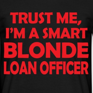 smart blonde - Men's T-Shirt