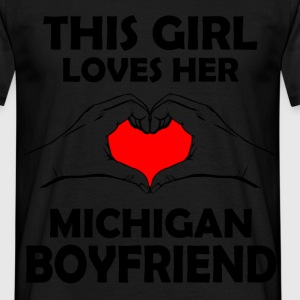 this girl michigan boyfriend T-Shirts - Men's T-Shirt
