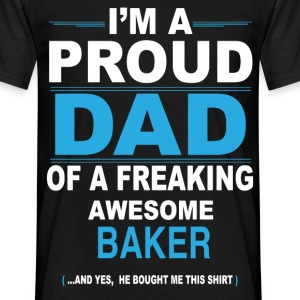 Proud dad BAKER son - Men's T-Shirt