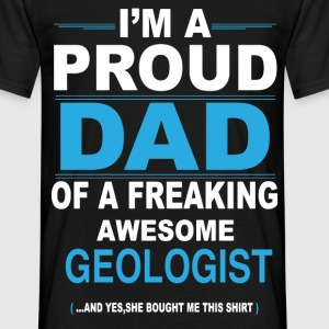 dad GEOLOGIST daughter T-Shirts - Men's T-Shirt