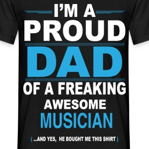 dad MUSICIAN son T-Shirts - Men's T-Shirt