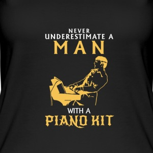 NIEMALD UNDERESTIMATE THE MAN AT THE PIANO! Tops - Women's Organic Tank Top