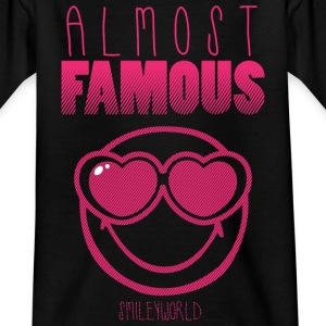 SmileyWorld Almost Famous Fast Berühmt - Teenager T-Shirt