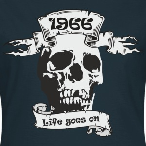 1966 T-Shirts - Frauen T-Shirt