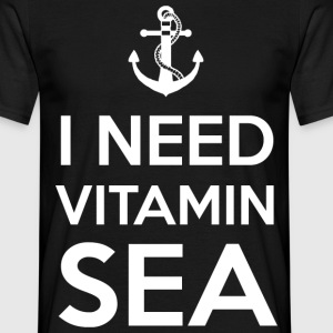 Vitamin SEA - Männer T-Shirt