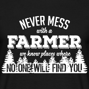 never mess with a farmer T-shirts - Herre-T-shirt