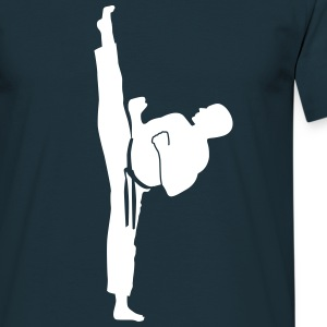 karate kick T-shirts - Mannen T-shirt