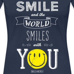 SmileyWorld Smile and the world smiles with you - Frauen Premium T-Shirt