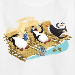 Pinguine am Strand - Kinder T-Shirt