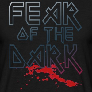Fear Of The Dark - Männer T-Shirt