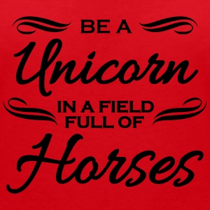 Be a unicorn in a field full of horses T-shirts - T-shirt med v-ringning dam