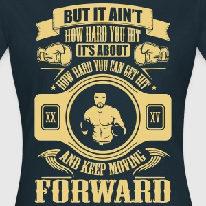 boxing keep movin forward T-shirts - Vrouwen T-shirt