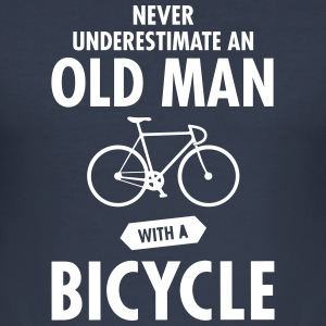 Never Underestimate An Old Man With A Bicycle T-shirts - Slim Fit T-shirt herr