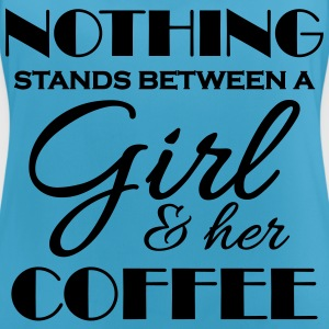 Nothing stand between a girl and her coffee Sports wear - Women's Breathable Tank Top
