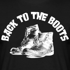 BACK TO THE BOOTS T-Shirts - Männer T-Shirt