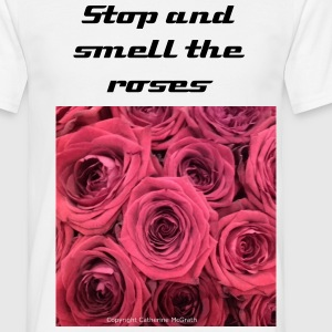 Red roses T-Shirts - Men's T-Shirt