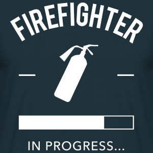 Firefighter in progress Tee shirts - T-shirt Homme