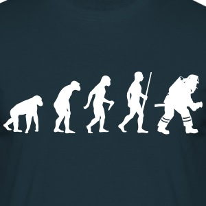 Fire Fighter Evolution - Männer T-Shirt