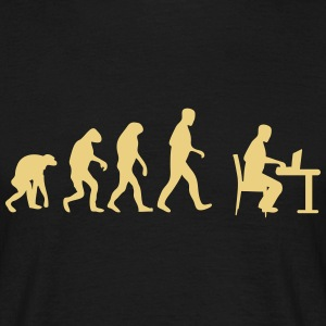 laptop evolution T-Shirts - Männer T-Shirt