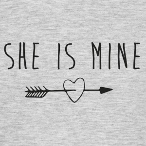 She is mine T-Shirts - Männer T-Shirt