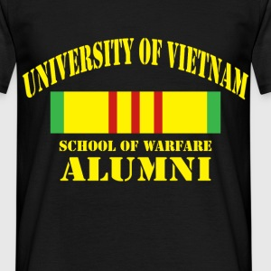University of Vietnam. School of warfare alumni - Men's T-Shirt