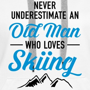 Never Underestimate An Old Man Who Loves Skiing Sweaters - Vrouwen Premium hoodie