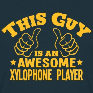 this guy is an awesome xylophone player - T-shirt Homme