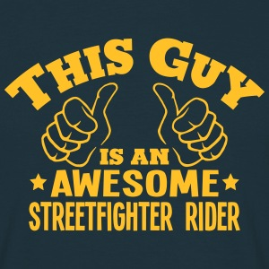 this guy is an awesome streetfighter rid - T-shirt Homme
