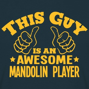 this guy is an awesome mandolin player - T-shirt Homme