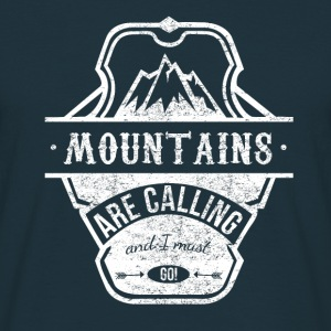 mountains are calling - weiss T-Shirts - Männer T-Shirt