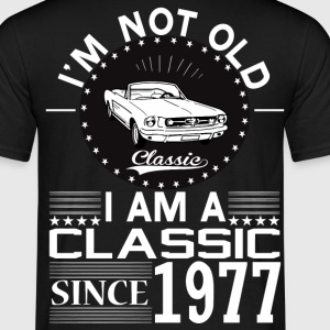 Classic since 1977 T-Shirts - Men's T-Shirt