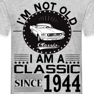 Classic since 1944 T-Shirts - Men's T-Shirt
