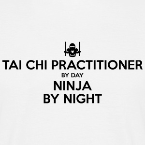 tai chi practitioner day ninja by night - Men's T-Shirt