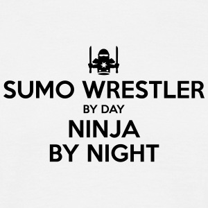 sumo wrestler day ninja by night - Men's T-Shirt