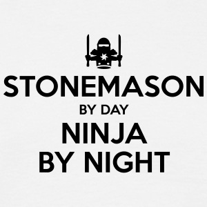 stonemason day ninja by night - Men's T-Shirt
