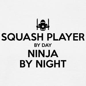 squash player day ninja by night - Men's T-Shirt