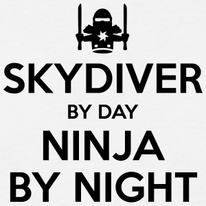 skydiver day ninja by night - Men's T-Shirt