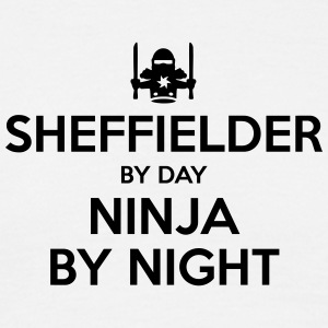sheffielder day ninja by night - Men's T-Shirt