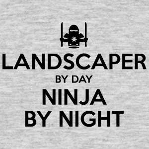 landscaper day ninja by night - Men's T-Shirt