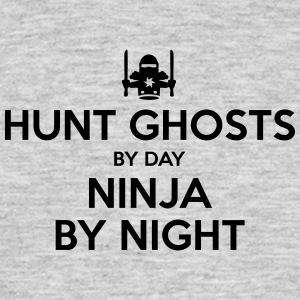 hunt ghosts day ninja by night - Men's T-Shirt