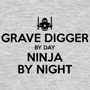 grave digger day ninja by night - Men's T-Shirt