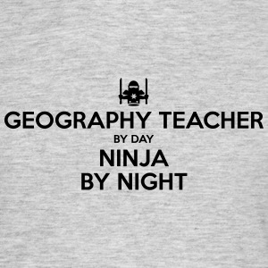 geography teacher day ninja by night - Men's T-Shirt