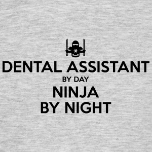 dental assistant day ninja by night - Men's T-Shirt