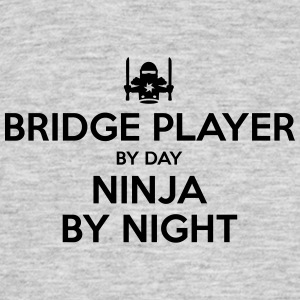 bridge player day ninja by night - Men's T-Shirt