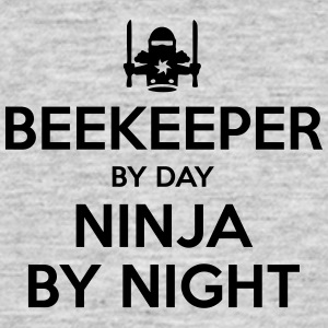 beekeeper day ninja by night - Men's T-Shirt